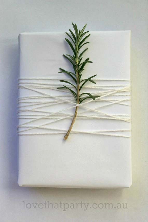 Simple White Christmas Gift Wrap 3w