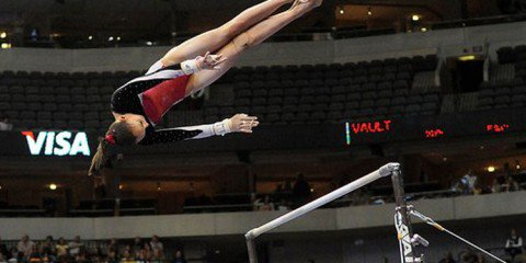 A flexible education gave Cassandra the opportunity to be a top-ranked gymnast and graduate.
