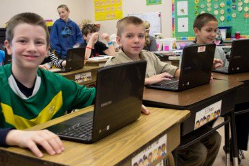 Is-Google-Using-the-Chromebook-to-Data-Mine-Our-Kids-at-School-Image-via-Flickr-by-kjarrett-e1423513377989-750x400