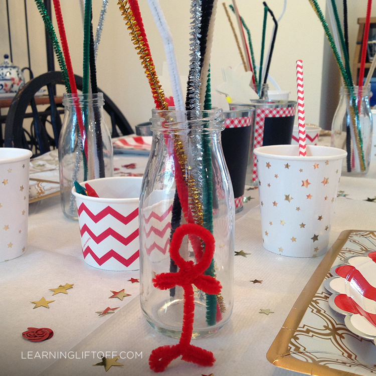 Christmas table pipe cleaners