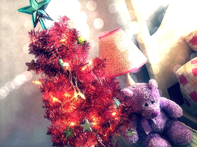 Trendy Christmas Decorating Ideas Merry and Bright