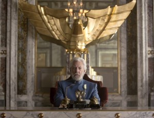 Hunger Games: Mockingjay - President Snow uses Peeta to counter Katniss' messages of uprising.