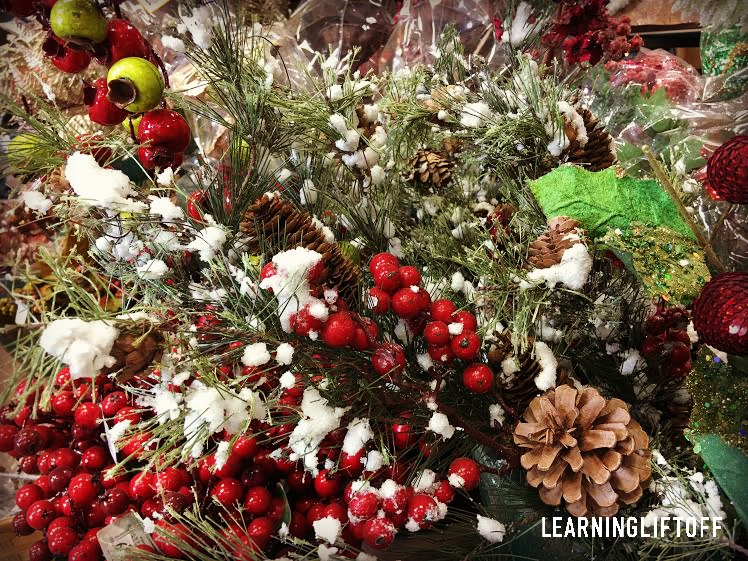 Outdoors In Trendy Christmas Decorating Ideas