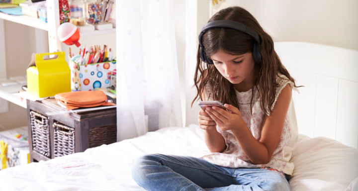 5 of the Best Educational Podcasts for Kids