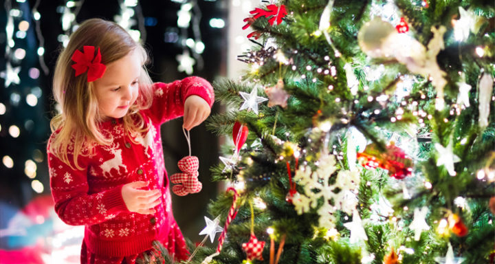 7 Christmas Morning Traditions to Start with Your Family