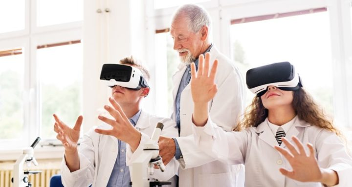 Can Students Learn More in a Virtual Lab?